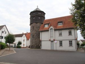 Tanzhof, Turnplatz & Wasserturm Berstadt